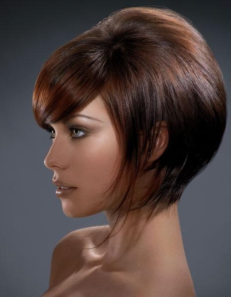 jak ostříhat vlasy na mikádo