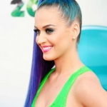 katy-perry-blue-hair-modre-vlasy