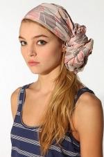satka-do-vlasov_scarf-hairstyle