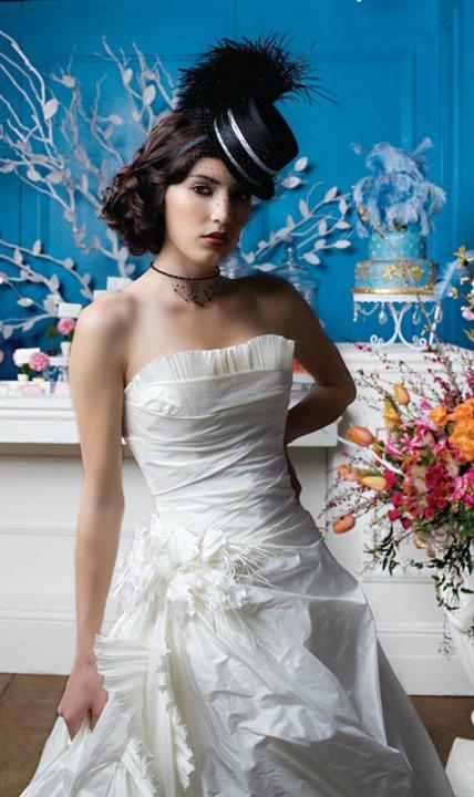 Svadobný klobúčik pre nevestu