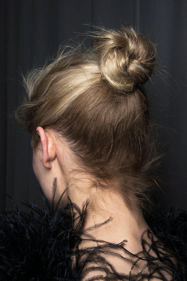 dámský drdol pro jemné vlasy