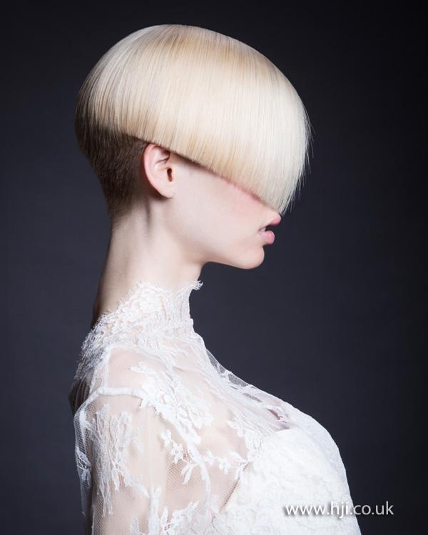 dámske účesy 2015 krátke vlasy