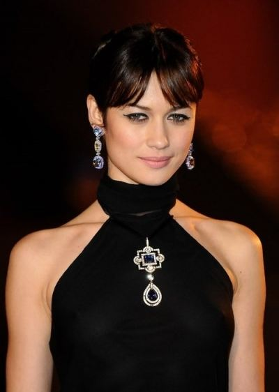 middle part fringe Olga Kurylenko