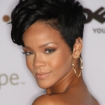 2-rihanna-short_curly_haircut