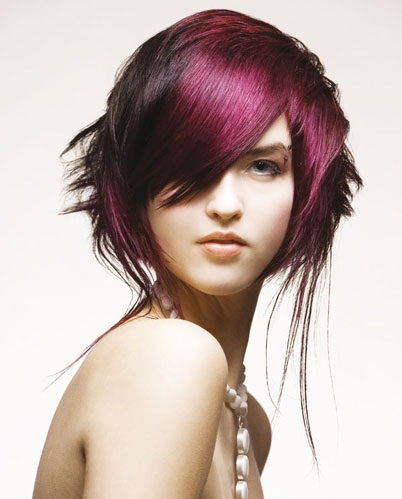 Vhodné jsou střihy vlasů končící v oblasti brady , které ...