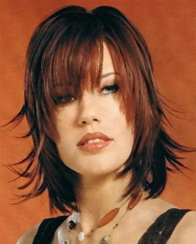 Obdélníkový obličej - dámské účesy - LosHairos.com