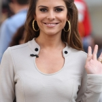 maria-menounos-hairstyle-for-summer