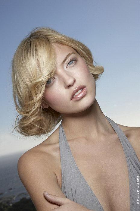 dámské účesy střihy vlasů