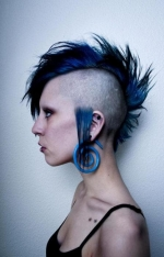 mohawk-woman-blue-color