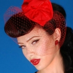juliet-veil-hat-red