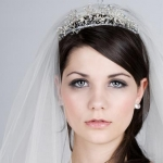 wedding-hairstyles-with-crown