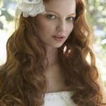 svadobny-uces-kvet-vlasy