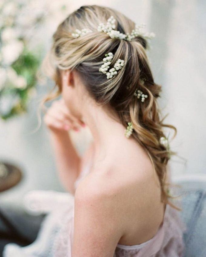 zapletene vlasy svatba