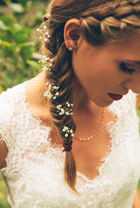 Malé kvety do vlasov nevesta